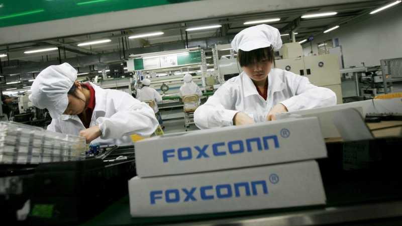 Foxconn Mulai Bikin iPhone Made in India Awal 2019