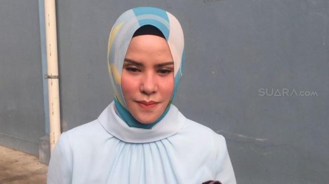 Vicky Prasetyo Kirim Orang ke Rumah Angel Lelga, Ada Kejadian Aneh
