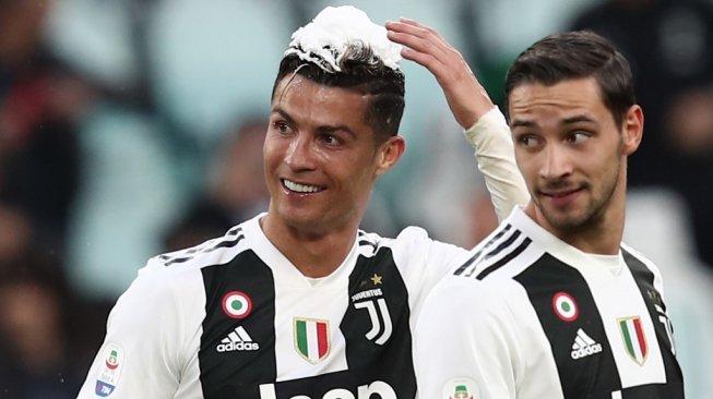 Juara di Inggris, Spanyol dan Italia, Cuma Mourinho dan Ronaldo yang Bisa!