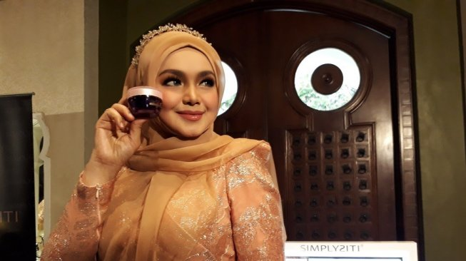 Simplysiti by Siti Nurhaliza, Produk Kecantikan Halal Berteknologi Korea