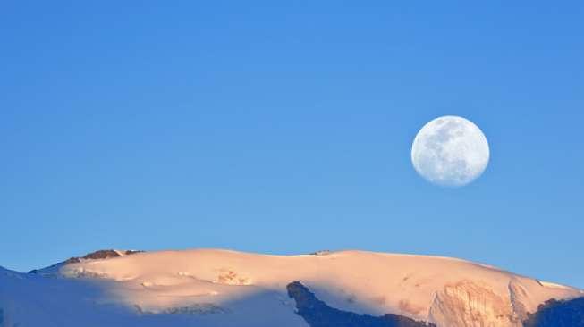 5 Alasan India dan Cina Berlomba Mencapai Bulan