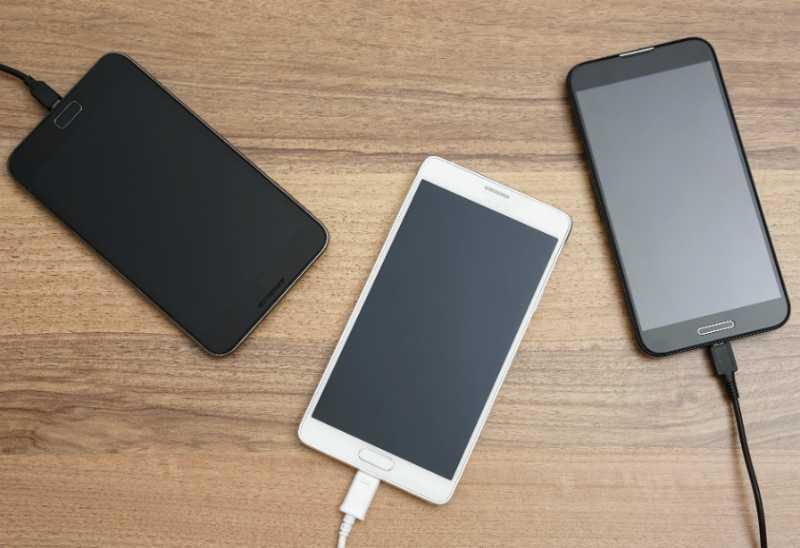 Baterai Ponsel Generasi Baru Bakal Tahan Hingga 6 Hari