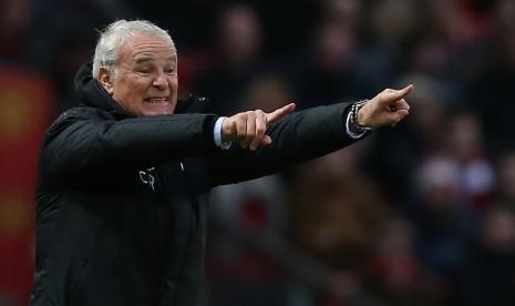 Ranieri dan Van Bronckhorst Tertarik Latih Newcastle United