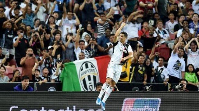 Berkat Ronaldo, Juventus Kalahkan Manchester United di Instagram