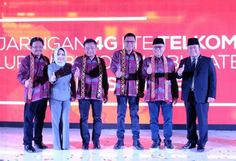 4G Telkomsel Selimuti 154 Ibu Kota Kabupaten Area Sumatera