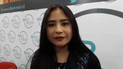 Selena Gomez Paksa Prilly Latuconsina Potong Rambut