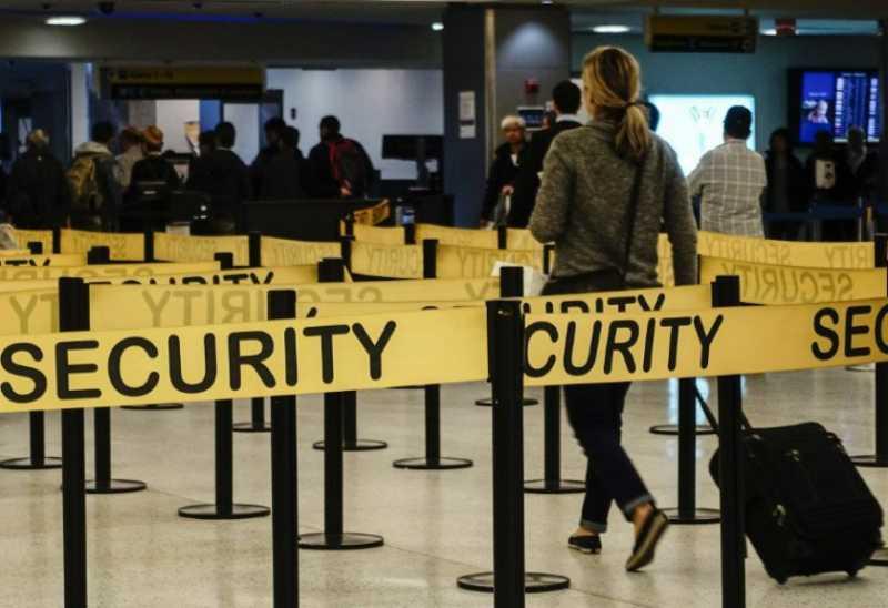 Amerika Serikat Cabut Larangan Bawa Laptop Diatas Pesawat