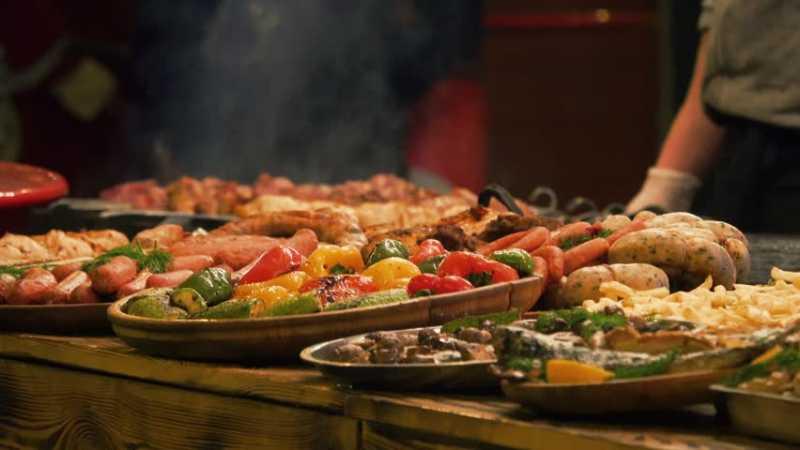Mencoba 7 Restoran All You Can Eat Terbaik di Jakarta