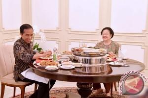 Presiden Jokowi-Megawati Bertemu 3 Jam, Bahas Apa?