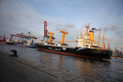 Terlalu Mahal, Pelni Evaluasi Rencana Beli Kapal dari Jerman