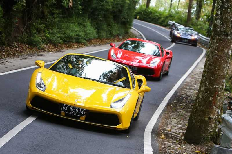 Berpetualang Bersama Ferrari di Bali
