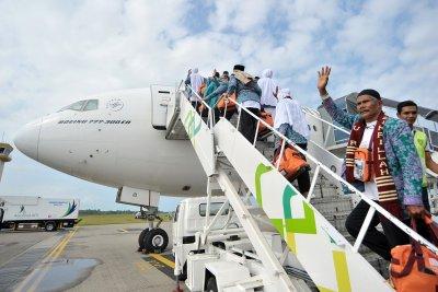 DPR Panggil Kominfo soal Umrah yang Libatkan Traveloka & Tokopedia