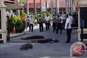 Empat penyerang Polda Riau tewas ditembak