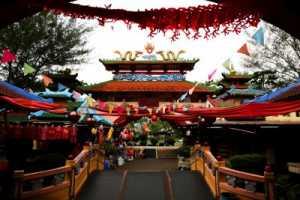 Sepinya Kampung Cina Menjelang Imlek