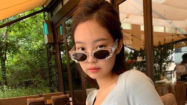 Jennie BLACKPINK Unggah Foto Terbaru, Warganet Dibikin Salfok