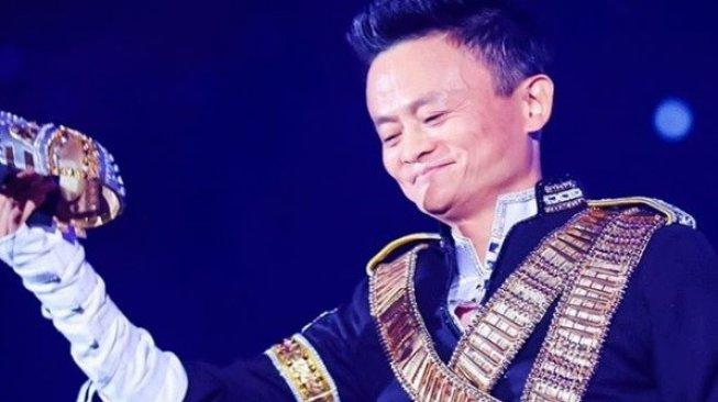 Tampil Keren, Ini Gaya Perpisahan Jack Ma dari Alibaba