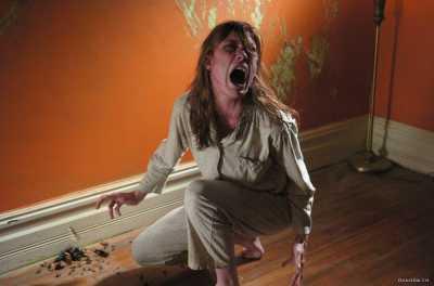 Bernasib Buruk, 7 Film Ini Dianggap Terkutuk!