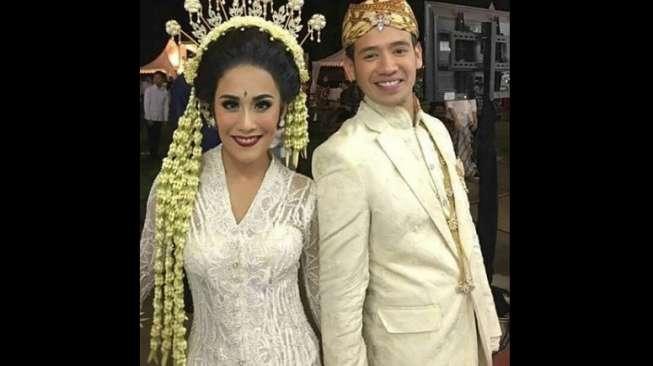 Tarra Budiman-Gya Sadiqah Lima Hari Bulan Madu di Bali