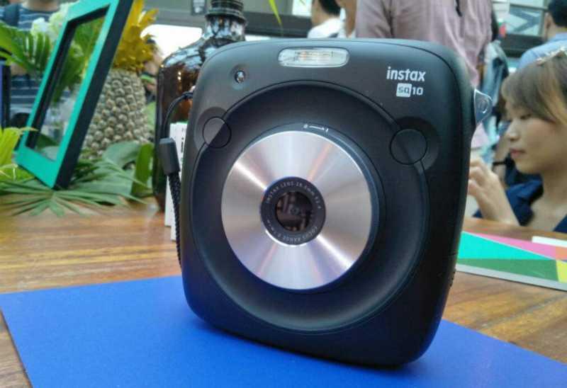 Ini Harga Kamera Instax Square SQ10