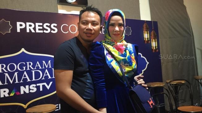 Angel Lelga Digerebek, Pengacara Vicky Prasetyo : Memalukan Sekali