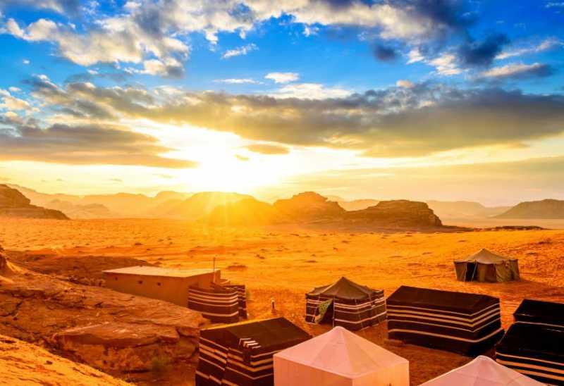 Lokasi Kemping di Timur Tengah Ini Bikin Ngebet Traveling