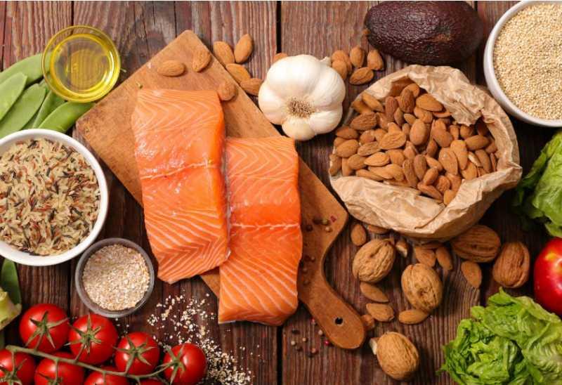 Ingin Sehat? Contoh 7 Tradisi Makan Orang Zaman Dahulu