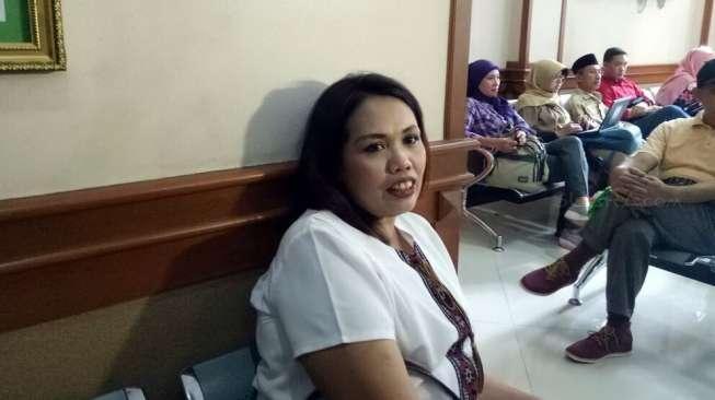 Ferry Masuk Kamar Elly Sugigi di Bulan Puasa, Ngapain?