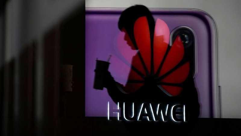 Asosiasi Wifi dan Kartu Memori Depak Huawei