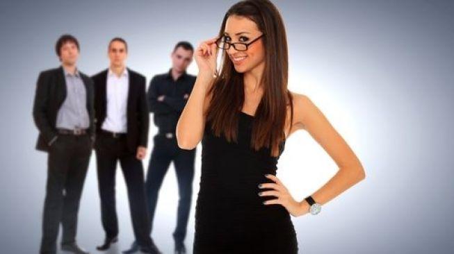 Lelaki Tertarik dengan Perempuan Cerdas? Ini Faktanya!
