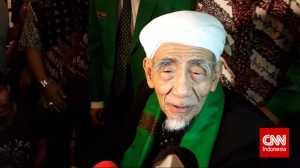 Mbah Moen Meninggal Dunia di Makkah