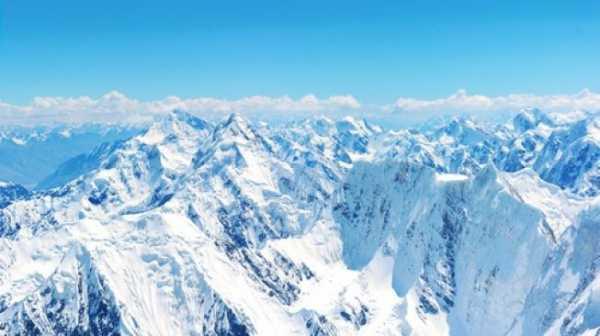 Es di Gunung Everest Mencair, Jasad-jasad Pendaki Bermunculan