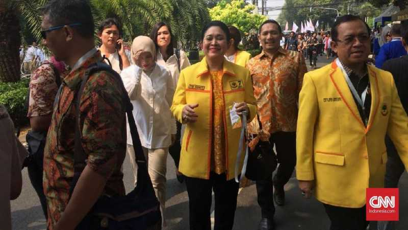 Titiek Soeharto Antar Prabowo Daftar Capres ke KPU