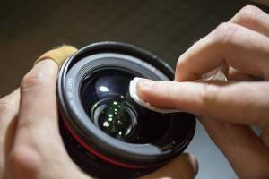 5 Alat Pembersih Lensa Kamera yang Wajib Kamu Punya Agar Tetap Bersih Kinclong