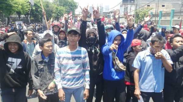 Ratusan Anak STM Menuju Jakarta Ditangkap Polisi