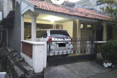 Solusi Peraturan Wajib Punya Garasi di Jakarta