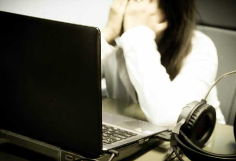 Kesal, Istri Jual Suami ke Media Sosial