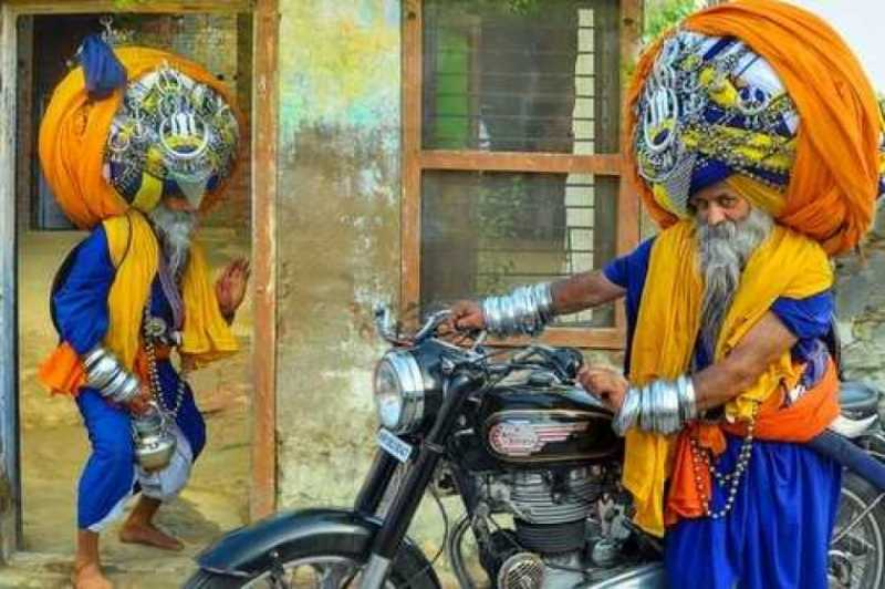 6 Rekor Paling Aneh yang Dipegang Orang India