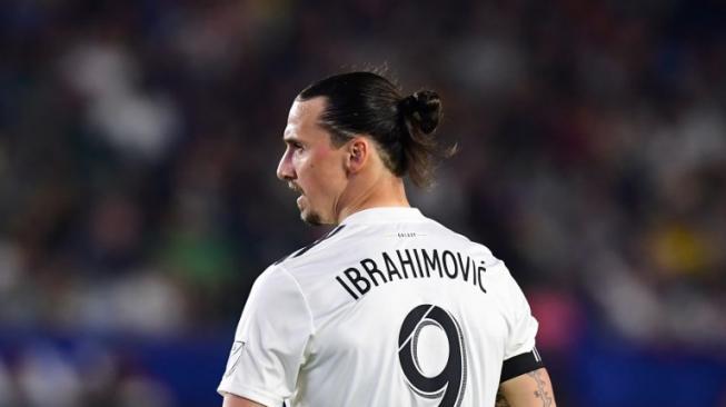 Kalteng Putra Buru Ibrahimovic dan Diego Forlan, Bagaimana Hasilnya?