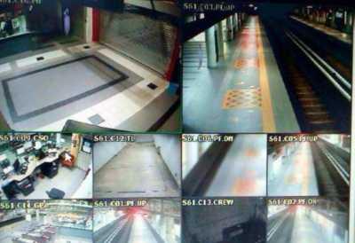 Geger Penampakan Hantu Pocong di MRT yang Bikin Merinding