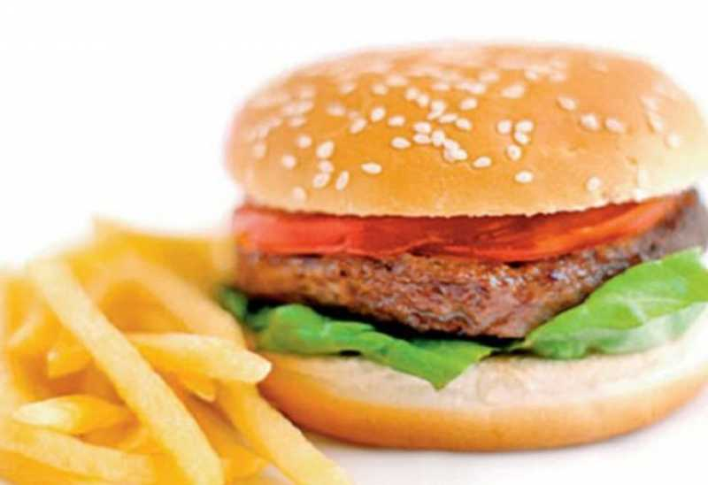 Burger Unik di Jerman Dibuat Dari Cacing