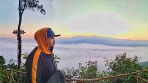Gunung Luhur Tutup Sementara, 4 Negeri di Atas Awan Ini Tak Kalah Indah