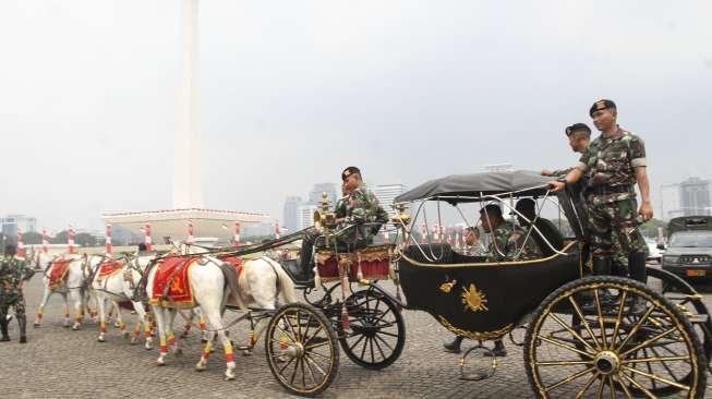 Pembawa Bendera 17 Agustus di Monas Harus Anggun dan Tenang