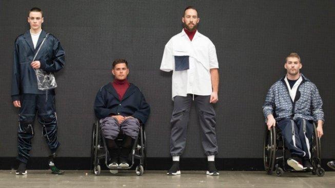 Keren, Mahasiswi Ini Rancang Pakaian untuk Penyandang Disabilitas