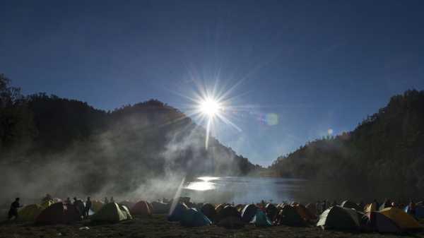 Kebakaran Hutan di Kawasan Gunung Semeru, Jalur Pendakian Ditutup