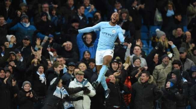 Sterling Bantu City Raih Kemenangan, Arsenal Lumat Huddersfield
