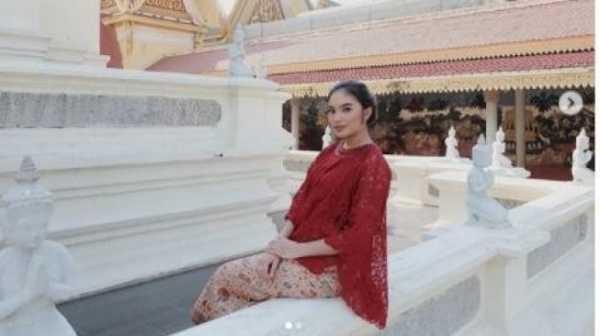 Cicit Presiden Soekarno, Intip 5 Potret Cantik Syandria Kameron