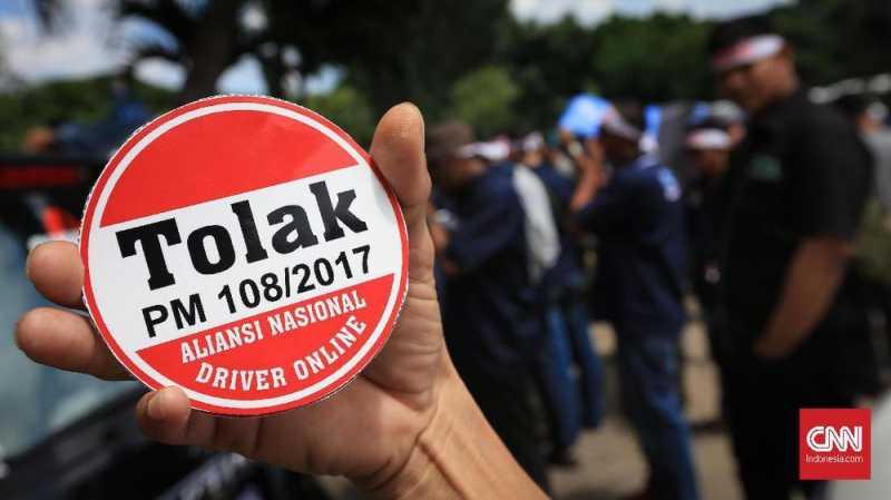 Regulasi Taksi Online Dicabut Lagi, Sopir Diajak Negosiasi