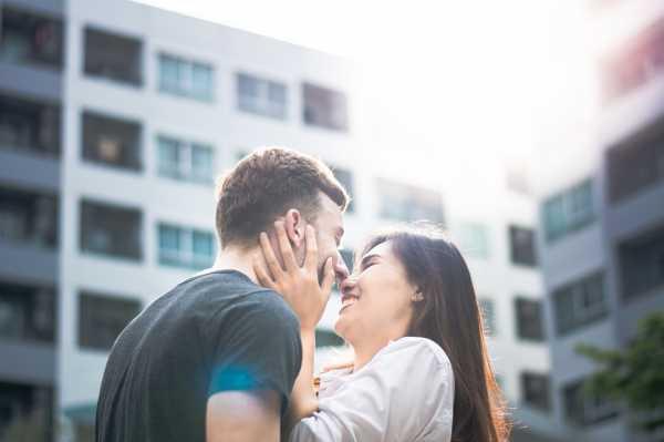 4 Tanda Kamu Perlu Couple Therapy