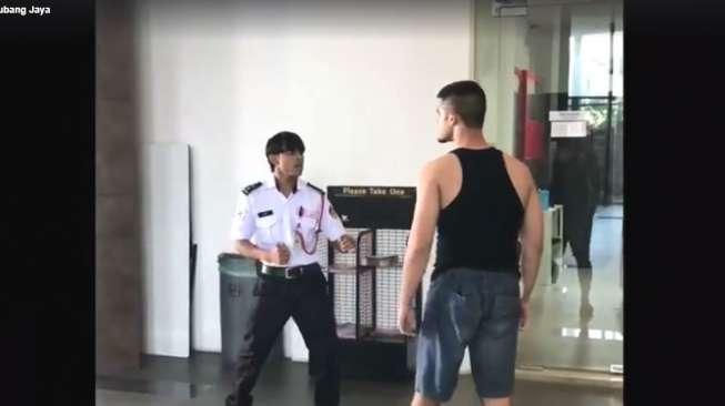 Viral! Duel dengan Satpam, Petarung MMA Ini Justru Keok