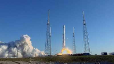 Satelit Pemburu Alien Amerika Berhasil Meluncur ke Antariksa